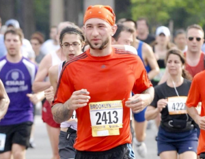 Al Kavadlo Running the Brooklyn Half